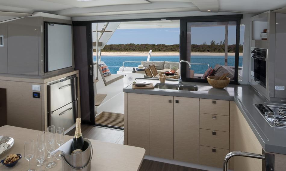 Catamaran à voile Lucia 40, Fountaine Pajot