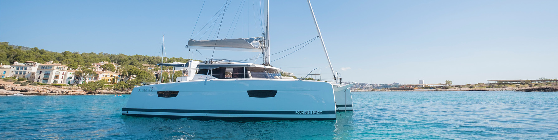 Photo-Catamaran-Sailing-Astrea-42-Fountaine-Pajot