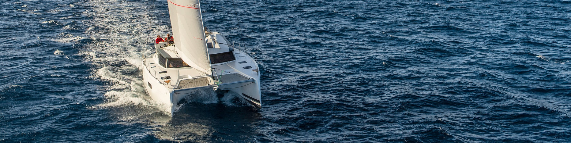 luxury-sailing-catamarans-Fountaine-Pajot