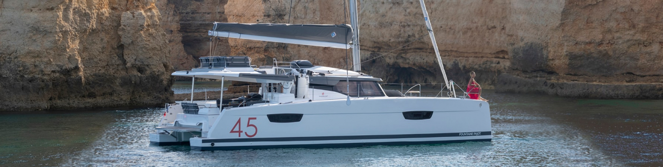 Luxury-cruising-catamaran-Interior-design-Fountaine-Pajot-Elba-45