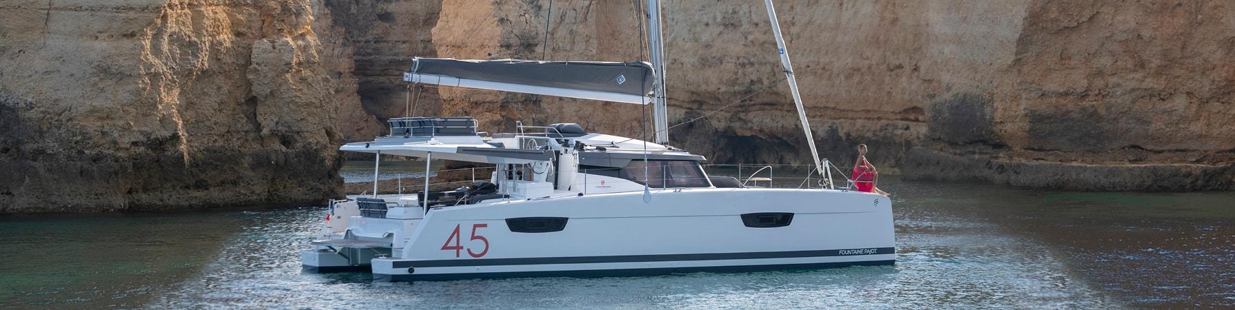 Luxury-cruising-catamaran-Interior-design-Fountaine-Pajot-Elba-45